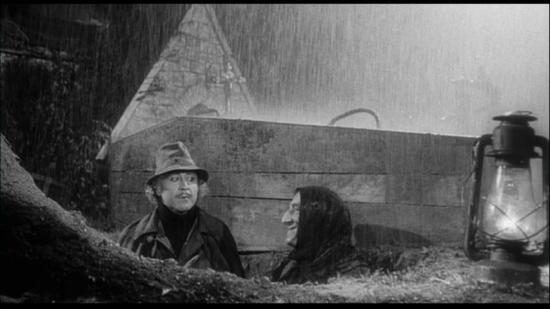 Croce Rossa: poteva piovere.